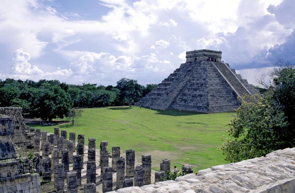 principales centros ceremoniales de los mayas