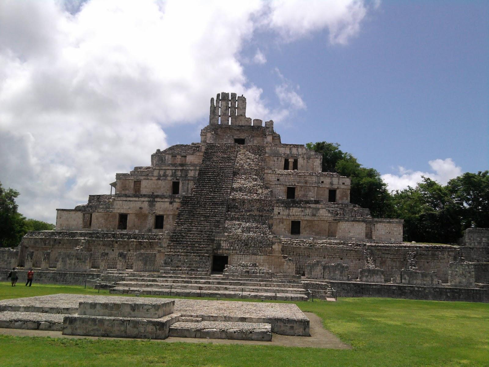 historia centros ceremoniales de los mayas